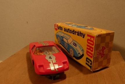 auto Ford GT4.jpg