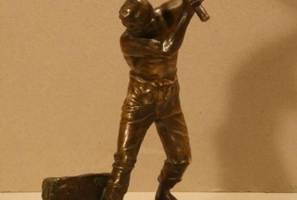 bronz Lamač k.1.jpg