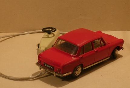 Simca sedan1.jpg