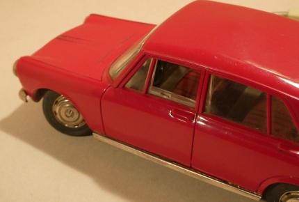 Simca sedan4.jpg