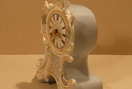 hodiny porcelán1.jpg